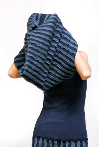 Alabama chanin embroidered striped organic cotton stole 3