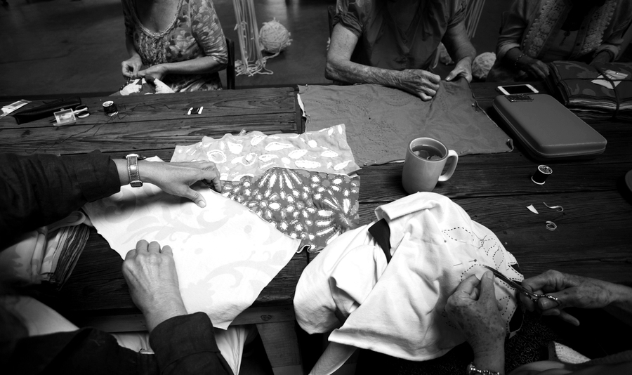 Sewing circle 7625 bw