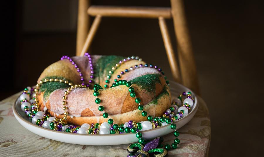 Alabama chanin the factory cafe mardi gras king cake workshop 4